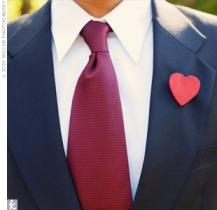 heart boutonnierre